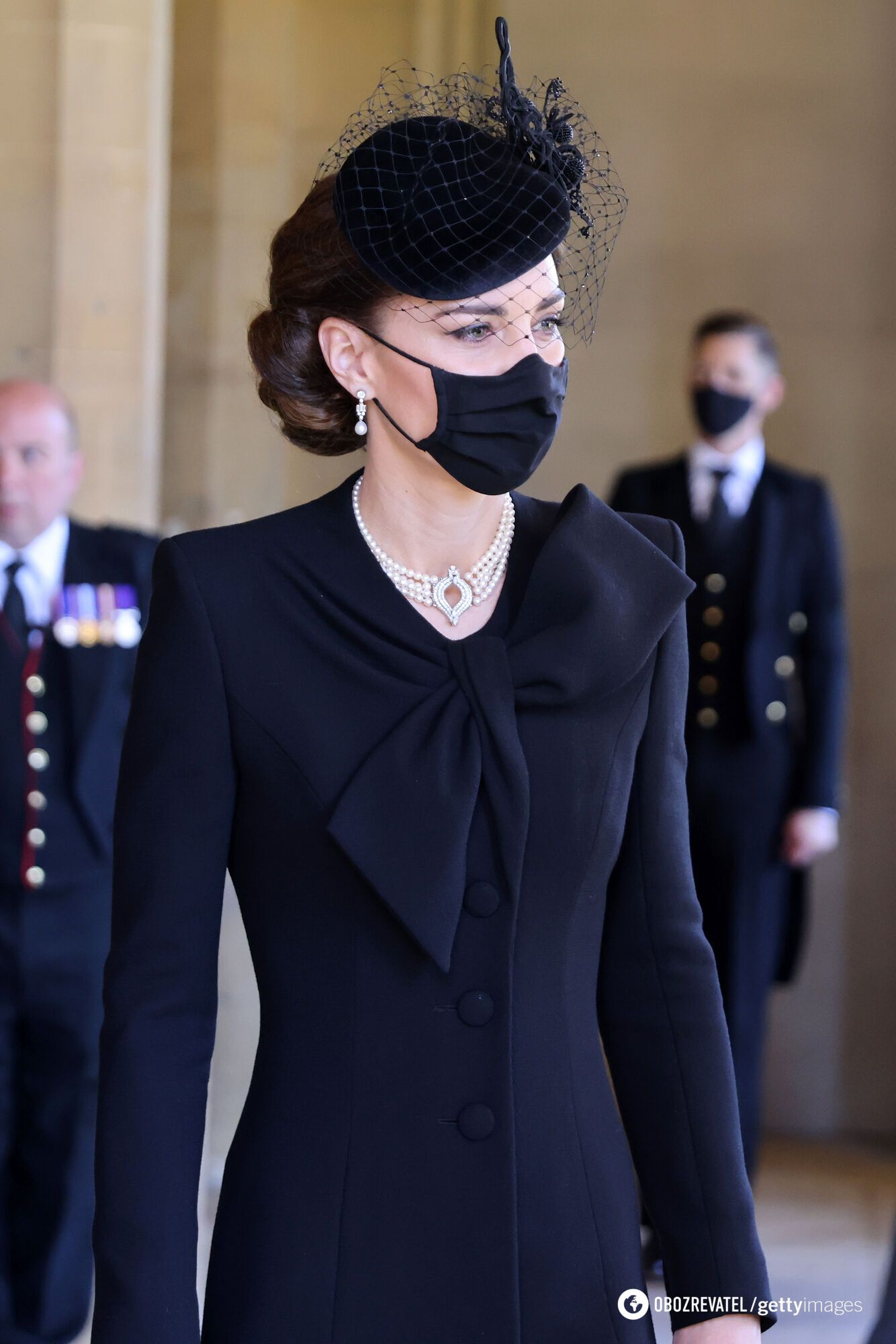 Кейт Миддлтон в жемчужном колье Елизаветы II на похоронах принца Филиппа