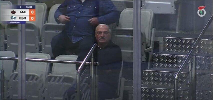 Олександр Лукашенко на трибунах