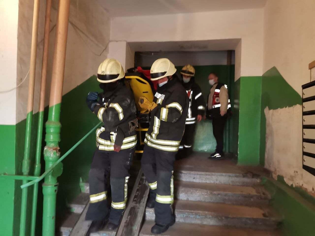 Пацієнтка перебувала на п'ятому поверсі.
