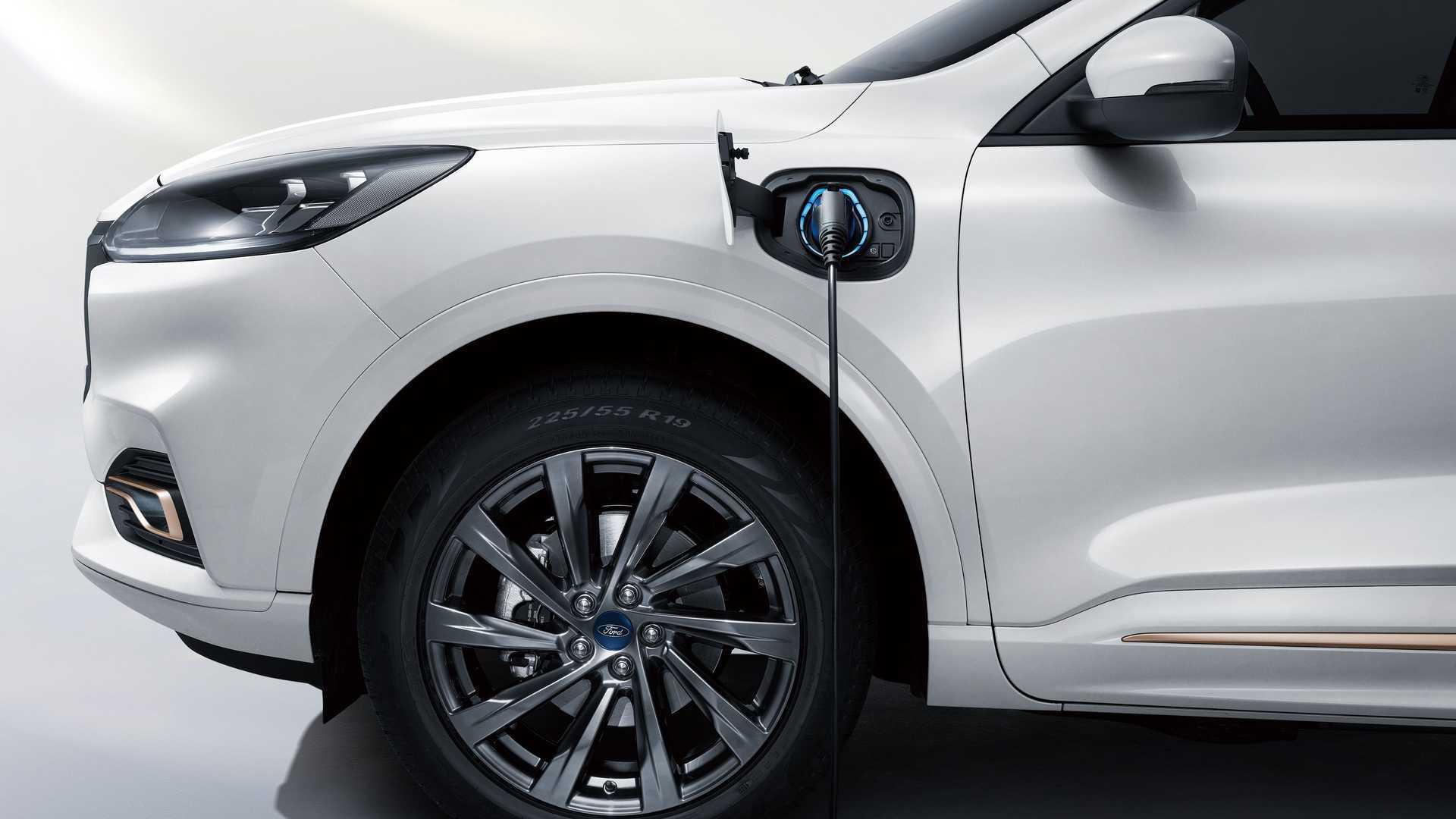 Ford Evos спочатку вийде у Китаї