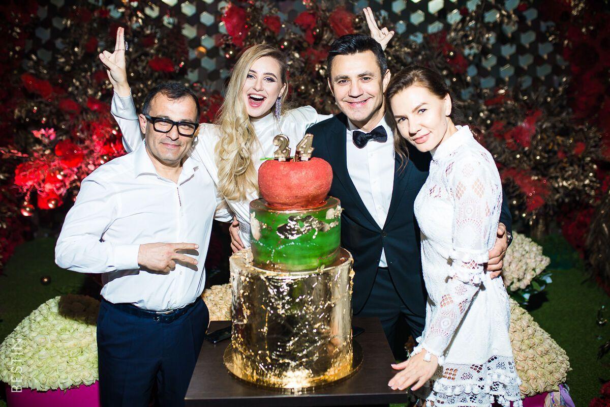 Тищенко та Барановська на вечірці з друзями