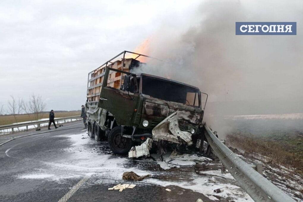 В аварії загинули водій і пасажир легковика.
