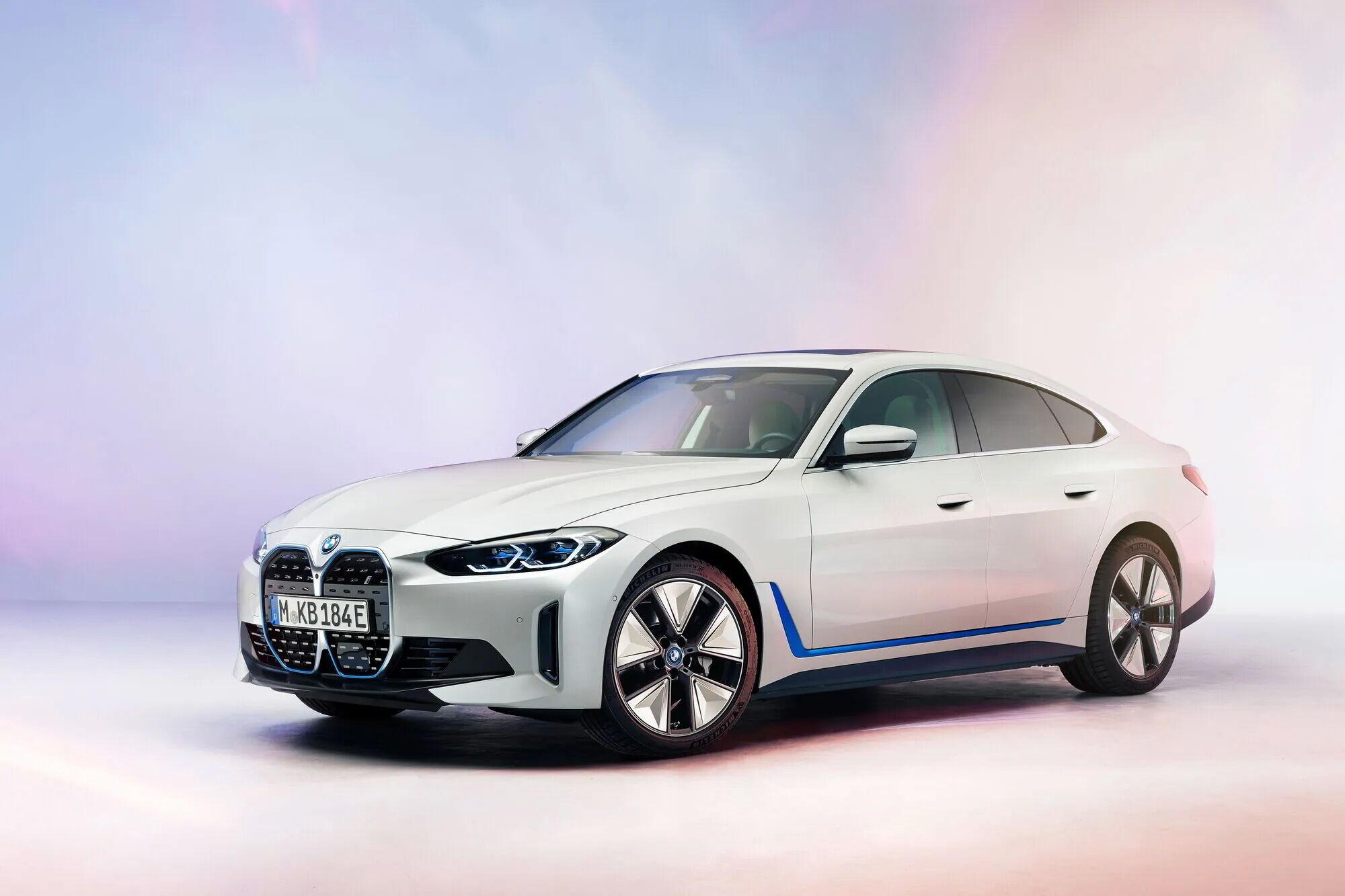 Электрический BMW i4 построен на модернизированной платформе CLAR
