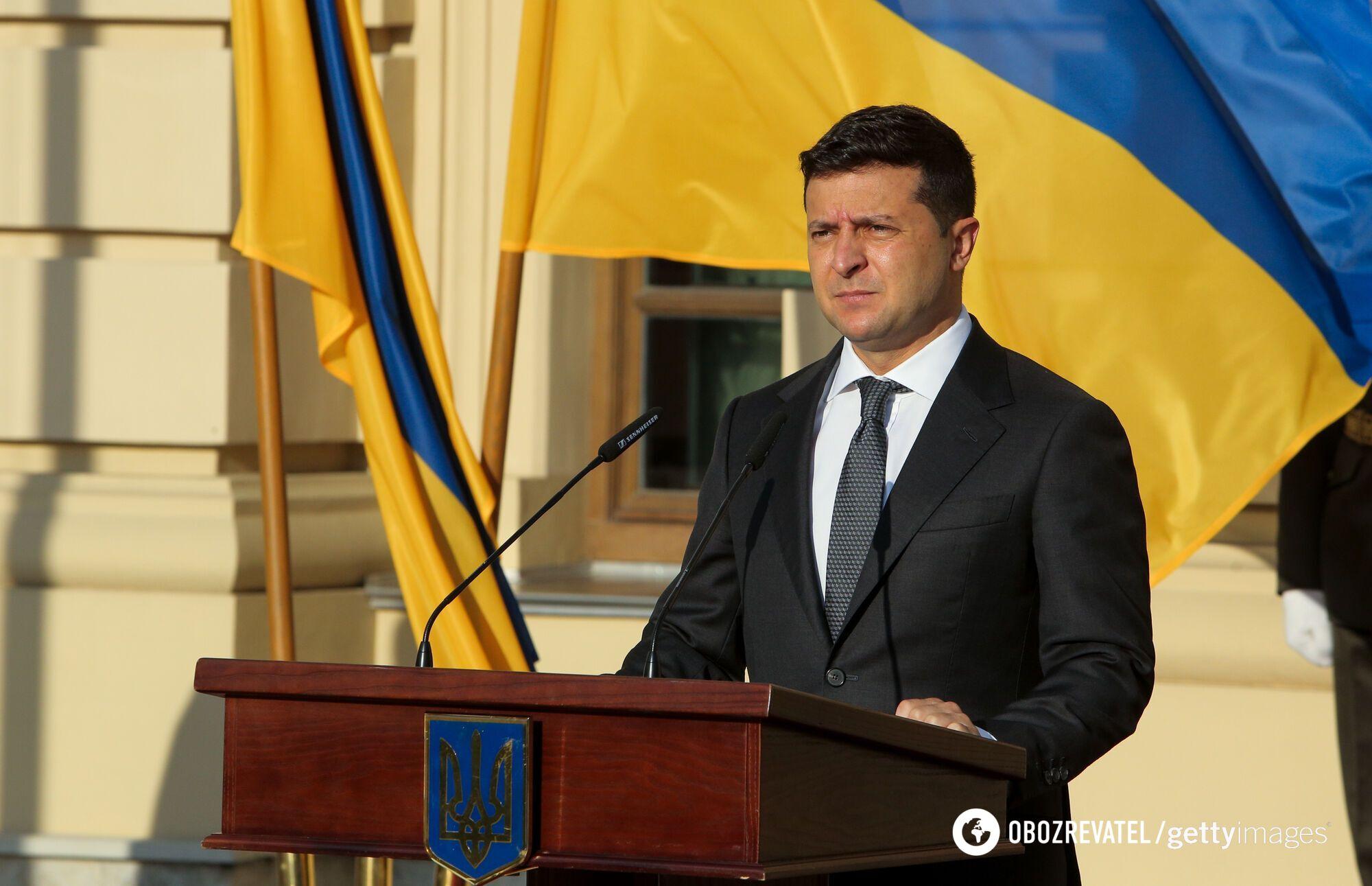 Президент України Володимир Зеленський вважає, що нинішня тактика Росії щодо Донбасу – гра м'язами