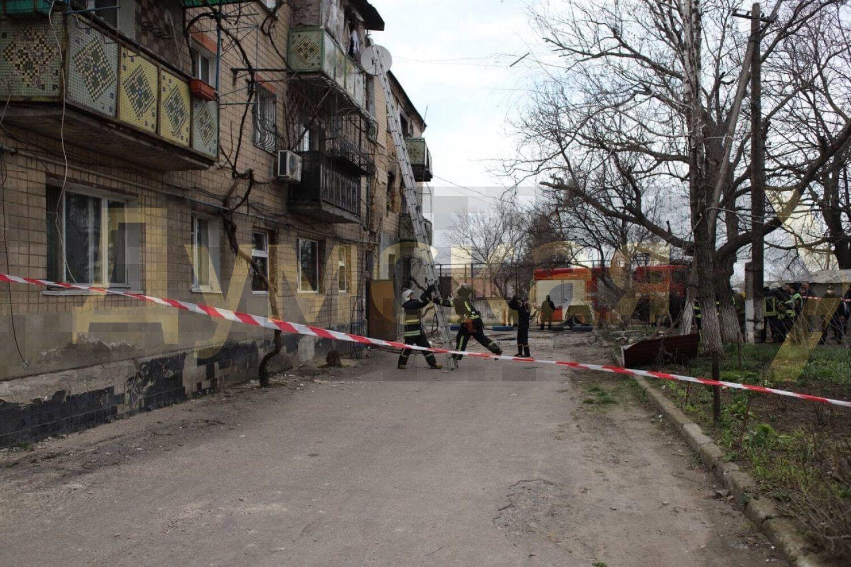 Рятувальники на місці вибуху
