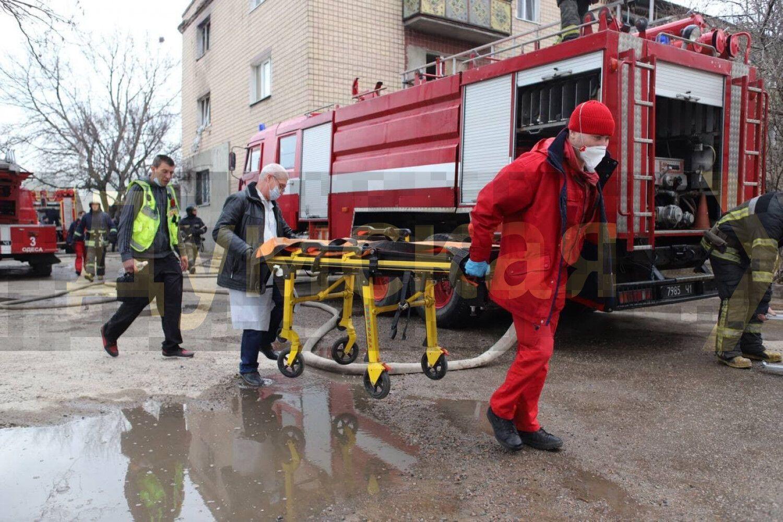 Співробітники швидкої допомоги