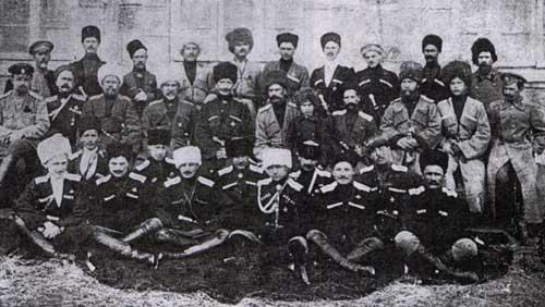 Офицеры Кавказского казачьего полка в Турции, под Карсом, во время Первой мировой