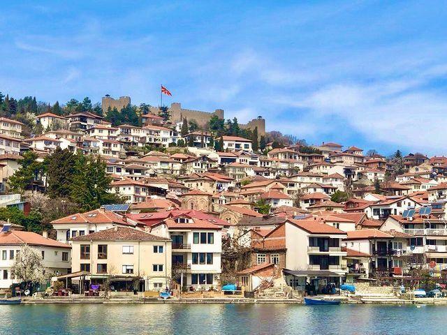 Охрид за красою не поступається курортам Швейцарії.