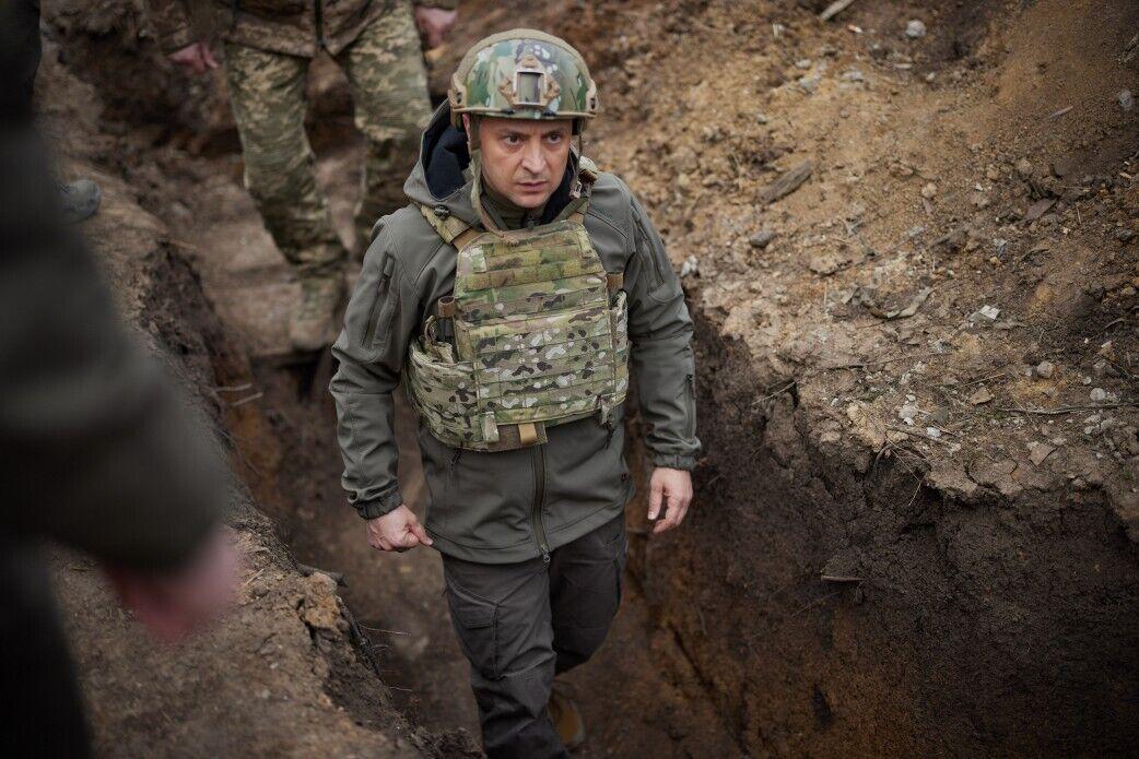 Зеленський під час поїздки на Донбас.