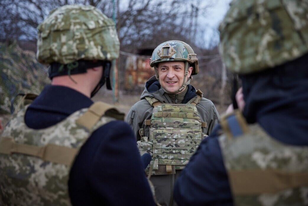 Зеленський зустрівся з воїнами ЗСУ.