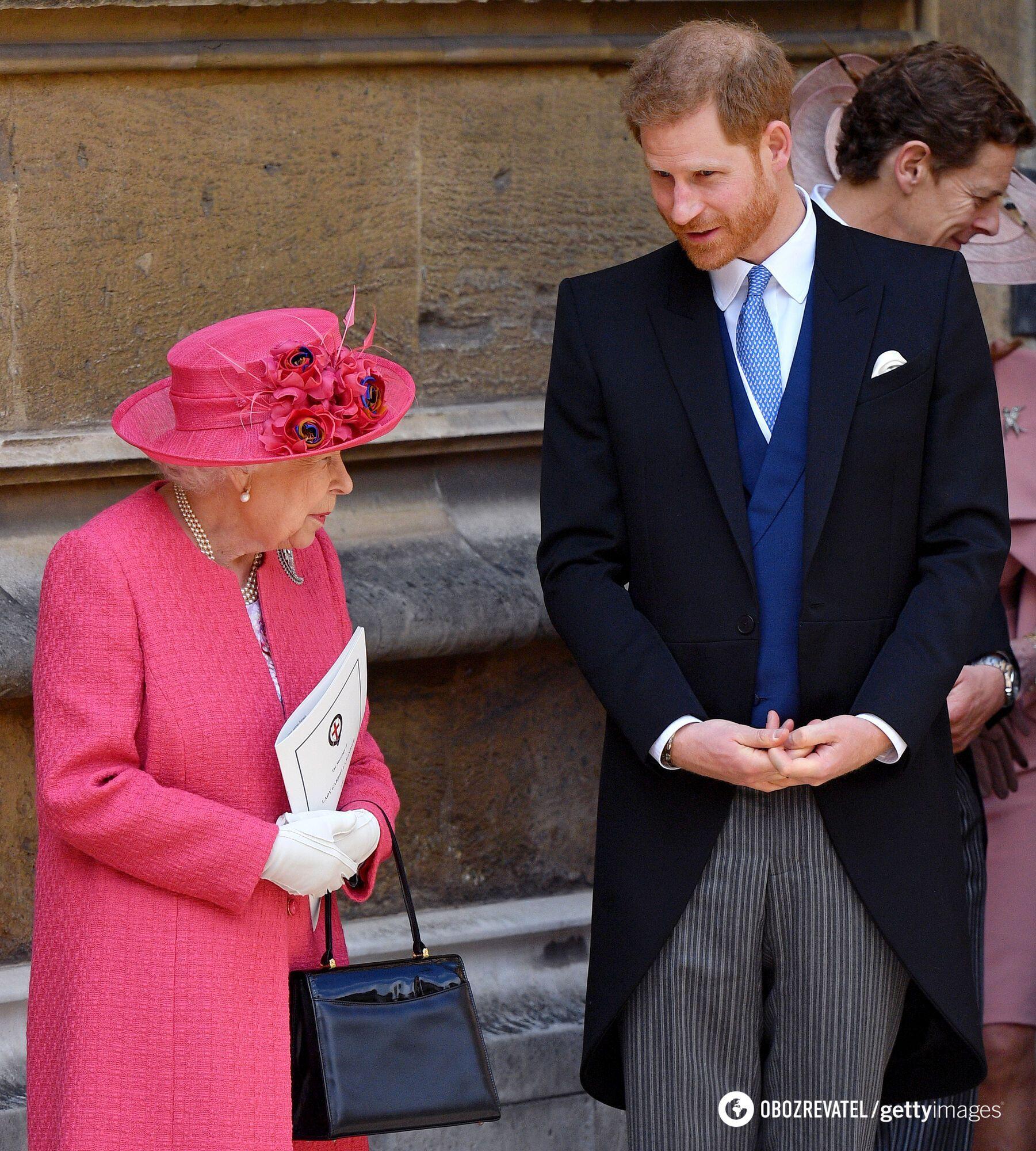 Єлизавета II і принц Гаррі