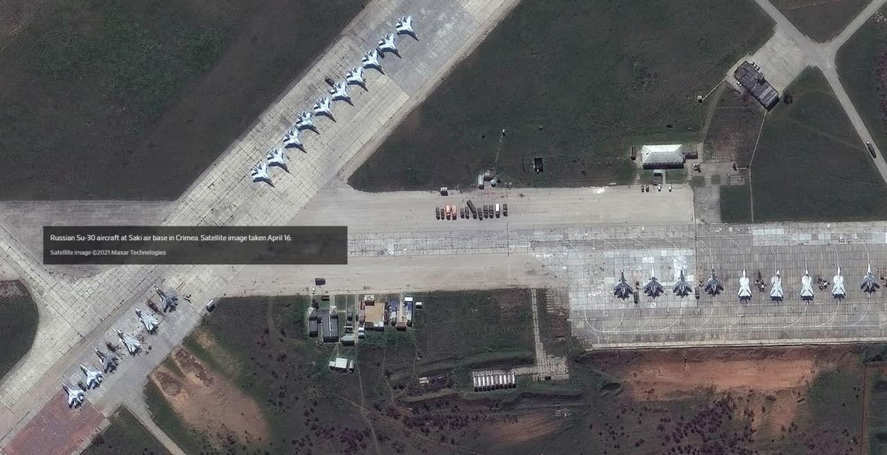 Росія перекинула військову техніку в Крим