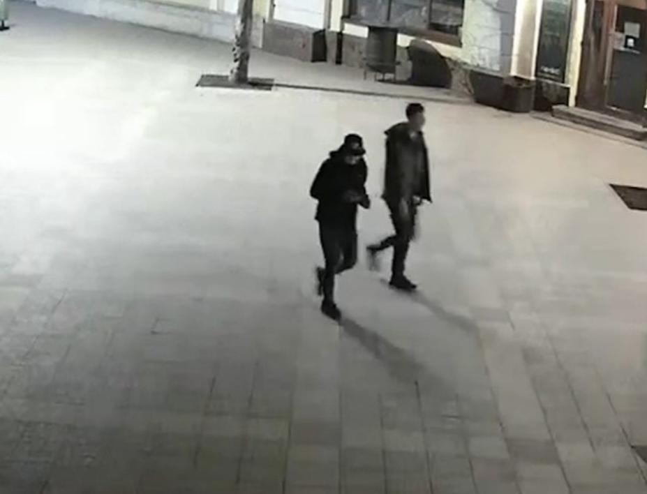 """Вандалы повредили фото Героев """"Пласта"""", погибших на Донбассе"""