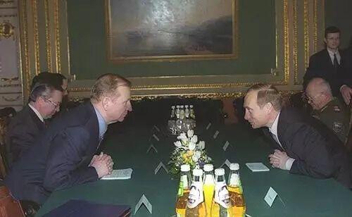 Володимир Путін і Леонід Кучма