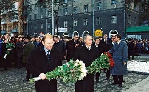 Путін був у Дніпрі в 2001 році