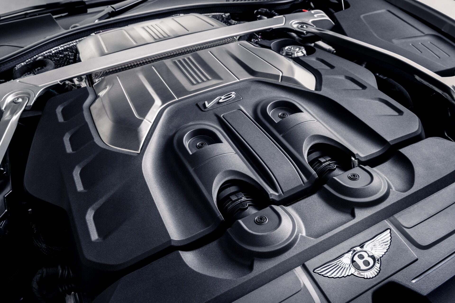 4-литровый V8 с двумя турбонаддувами