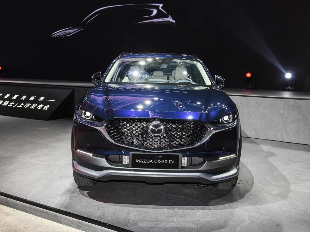 Mazda CX-30 EV станет первым электрокаром японской марки, который будет продаваться в Китае