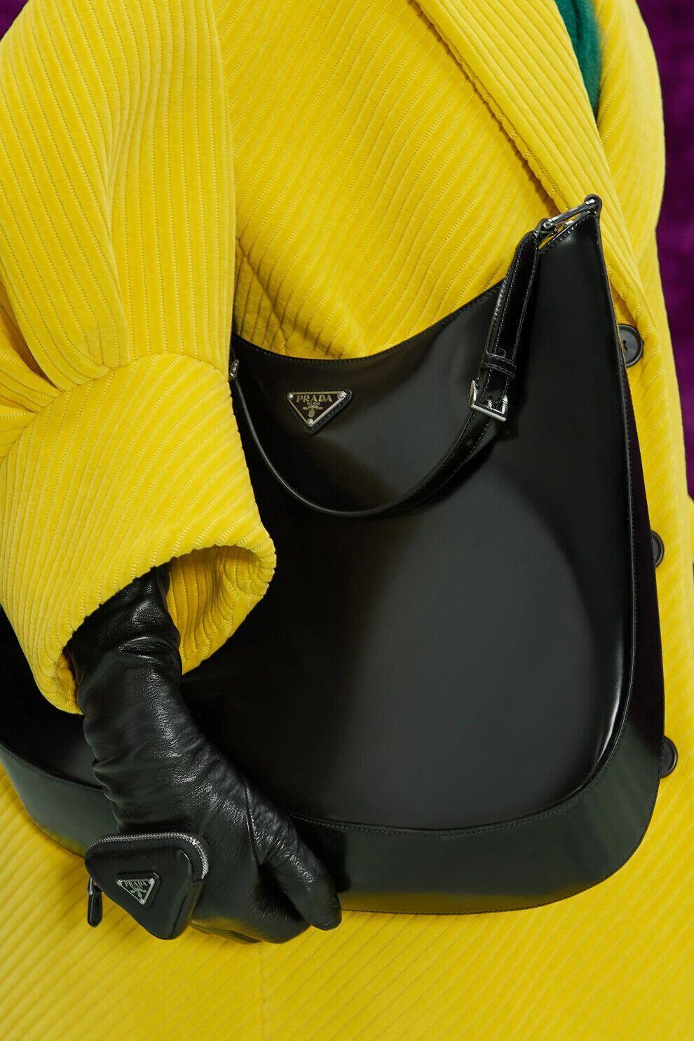 Ультраоб'ємні сумки будуть актуальні восени.