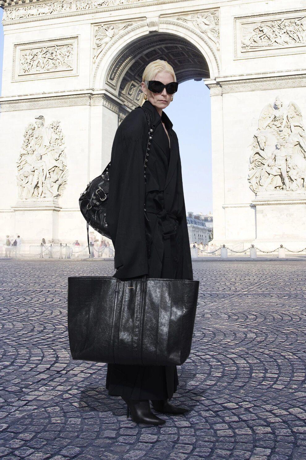 Ультраоб'ємні сумки стануть новим трендом.