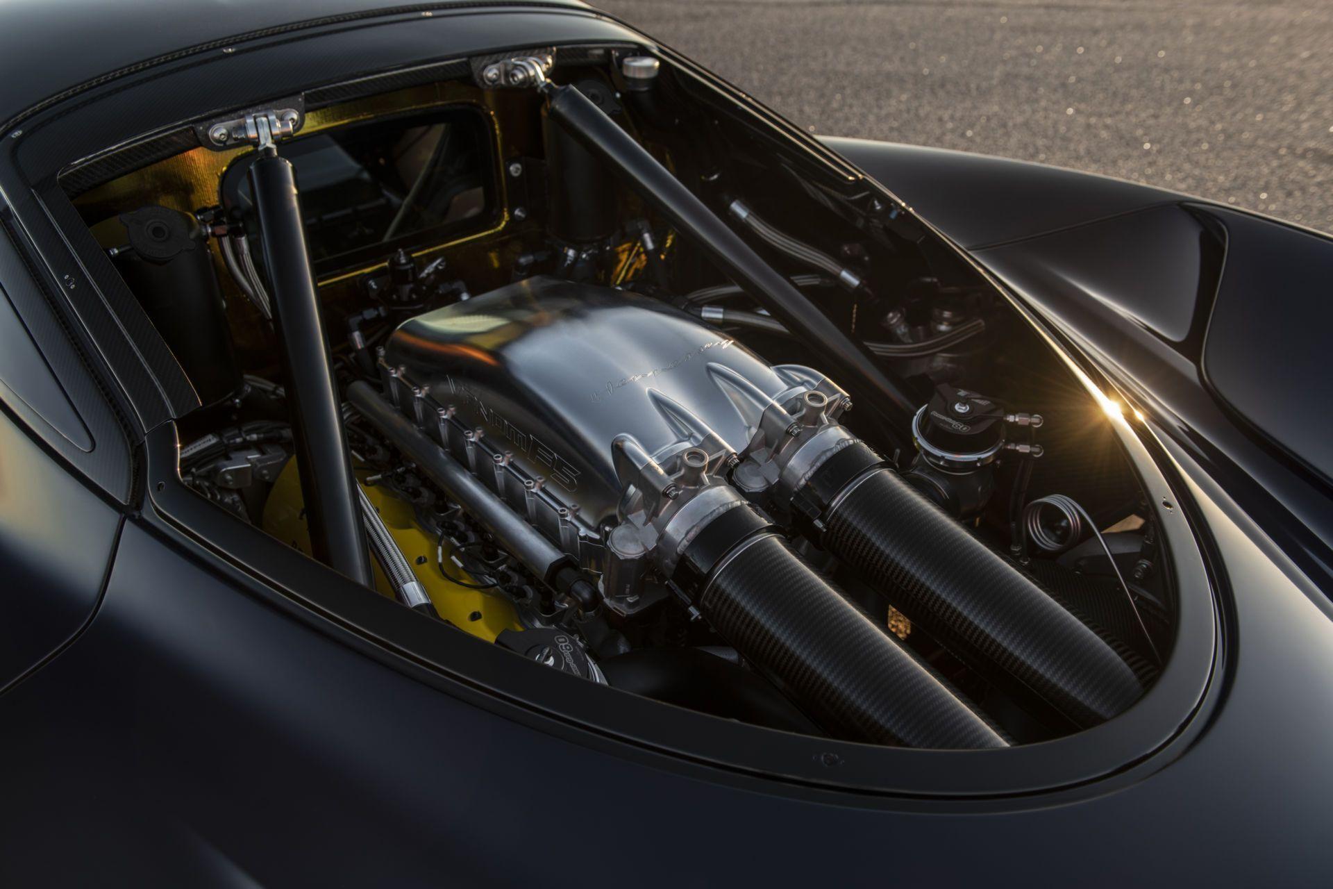 Hennessey Venom F5 оснащен 6,6-литровым двигателем V8 с двойным турбонаддувом, развивающим 1817 л.с. и 1617 Нм