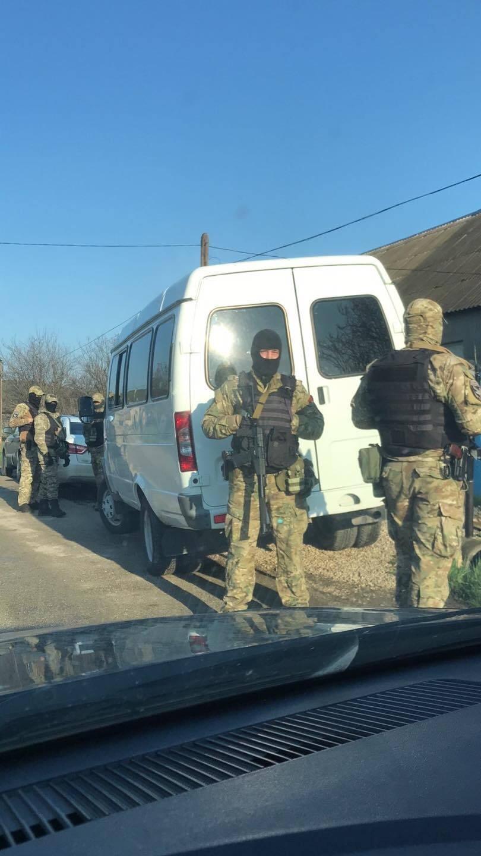У будинку кримського татарина в момент обшуку була дружина, четверо неповнолітніх дітей та батьки