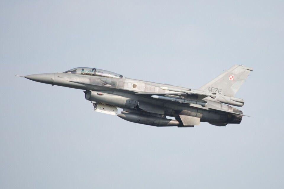 Винищувачі F-16 ВПС Польщі також вилетіли з авіабази Познань