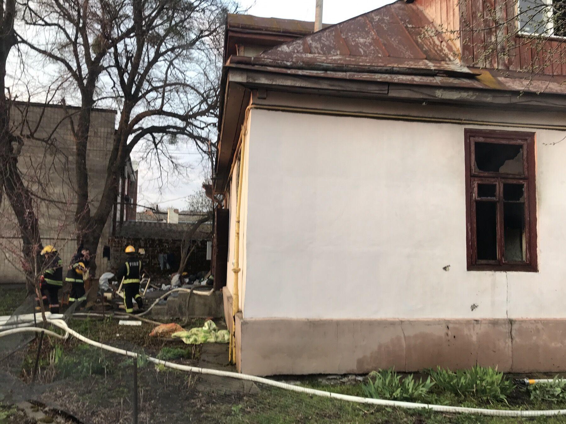 У Луцьку пожежа забрала життя трьох осіб