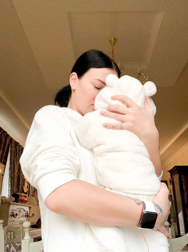Приходько показала новые снимки с малышом
