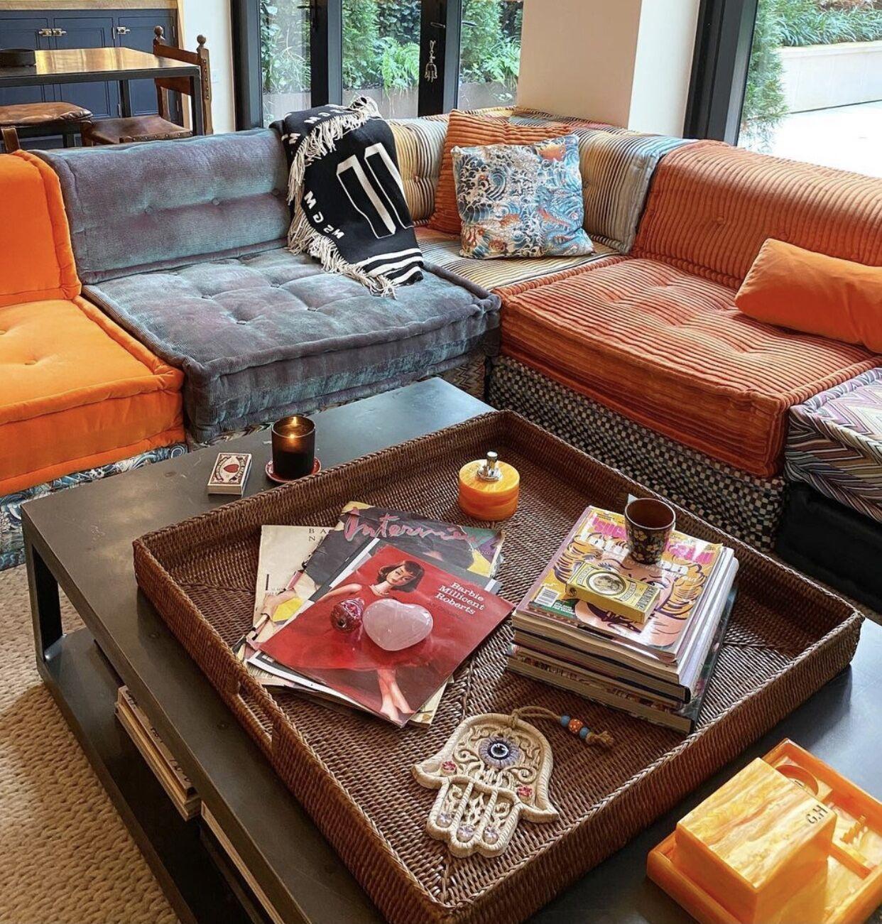 Как выглядит интерьер гостиной комнаты Джиджи Хадид.