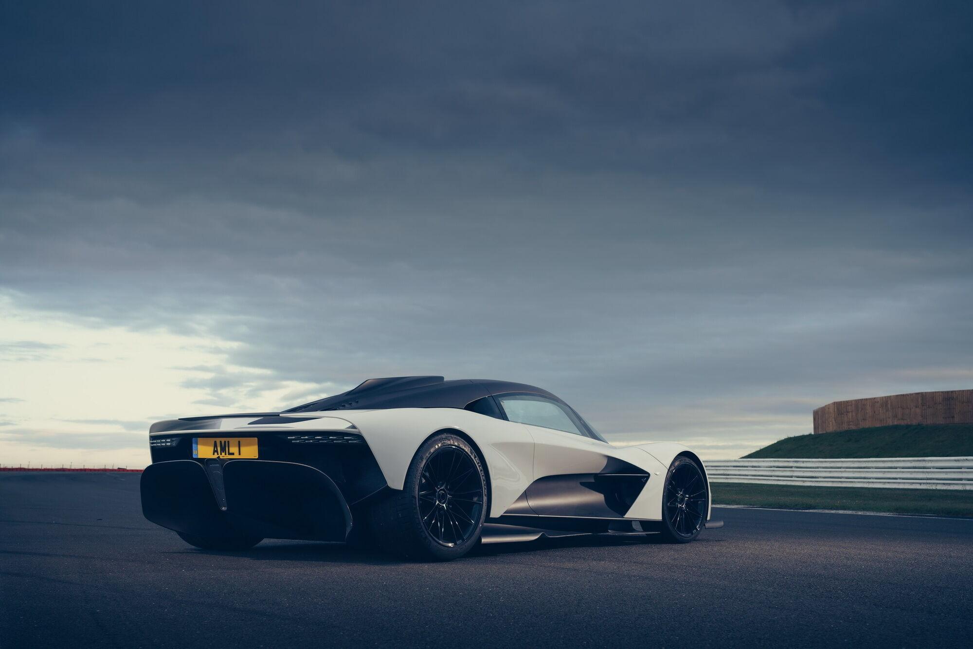 В планах Aston Martin к 2030 году превратить 90% всей своей продукции в гибриды и электромобили