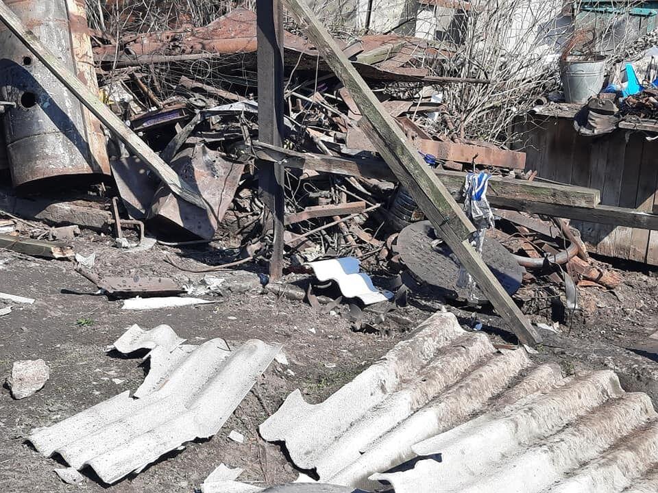 """Дивом під час вибуху снаряду """"ДНР"""" ніхто не постраждав"""