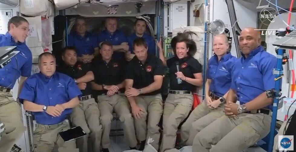 Астронавти перейшли на МКС