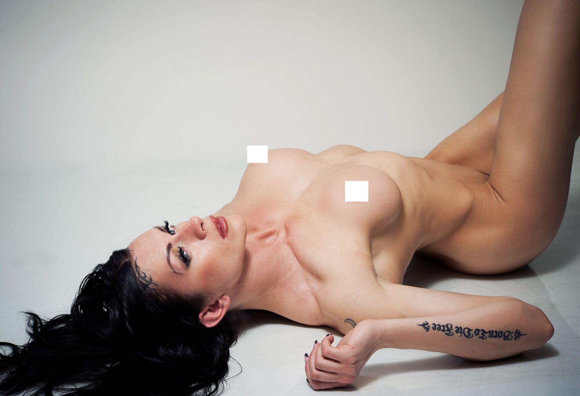 Наталья Князева без одежды