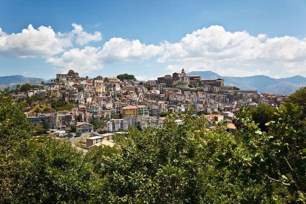 В Італії будуть продавати будинки за низькою ціною