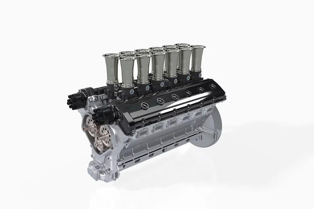 Під капотом розташовується зібраний вручну атмосферний двигун V12 з чотирма розподільними валами