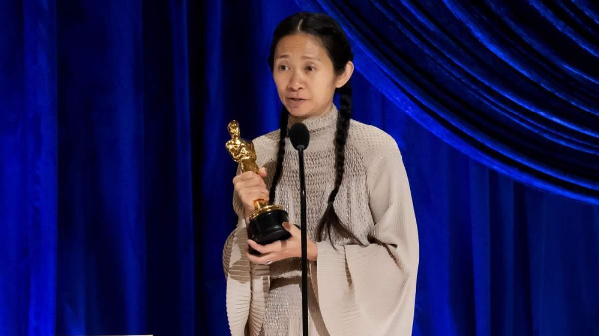 """Хлоя Чжао получила награду за лучшую режиссерскую работу за фильм """"Земля кочевников"""""""