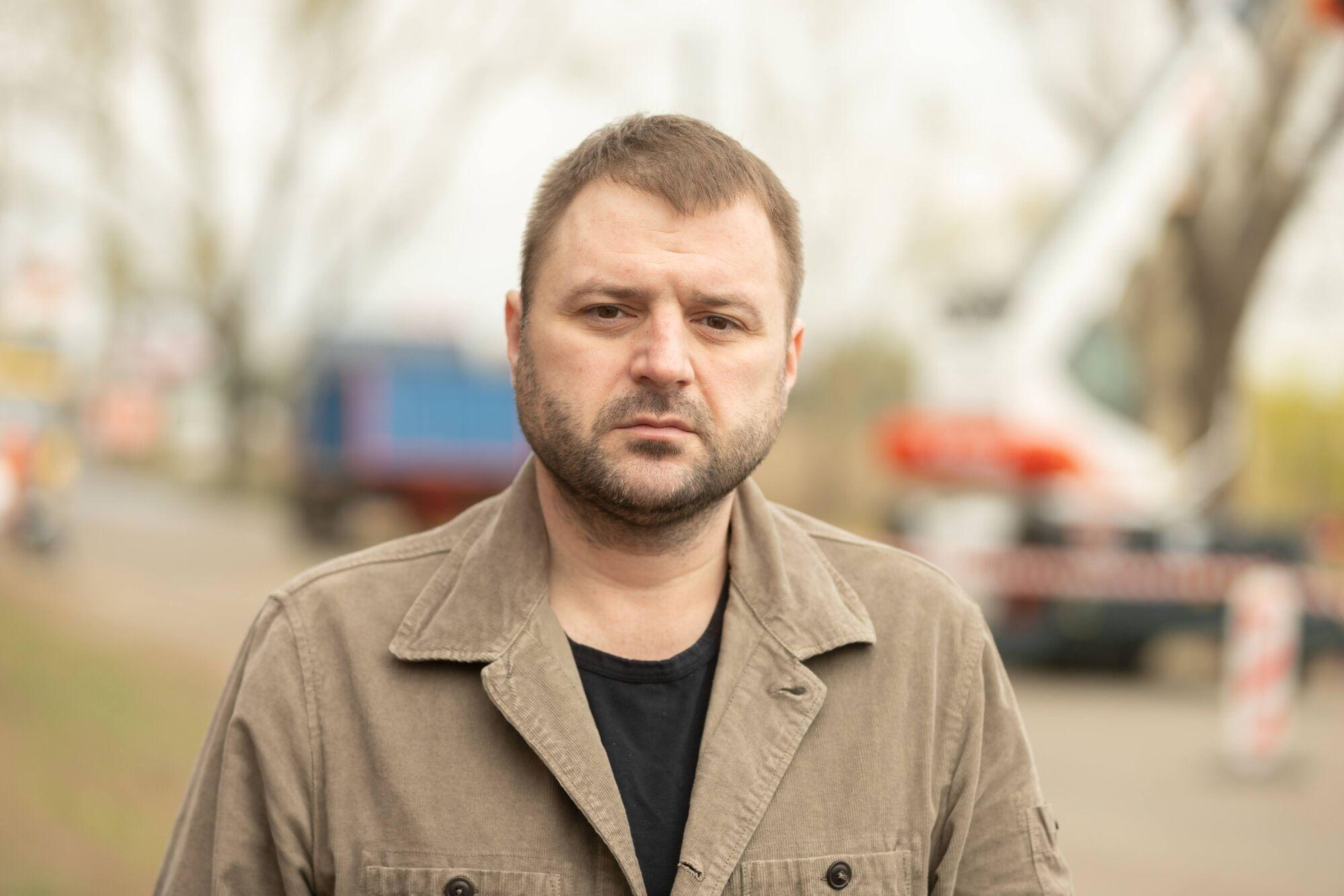 Заместитель городского головы Михаил Лысенко рассказал о преимуществах новой машины