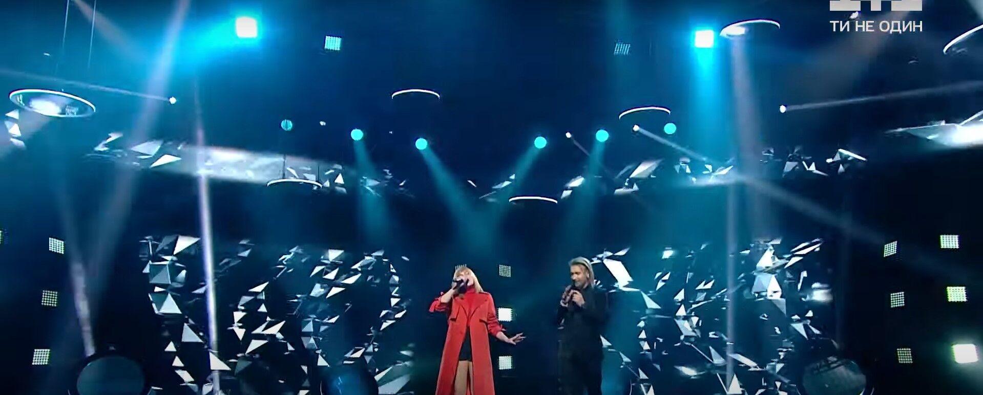 Винник заспівав з Еліною Іващенко.