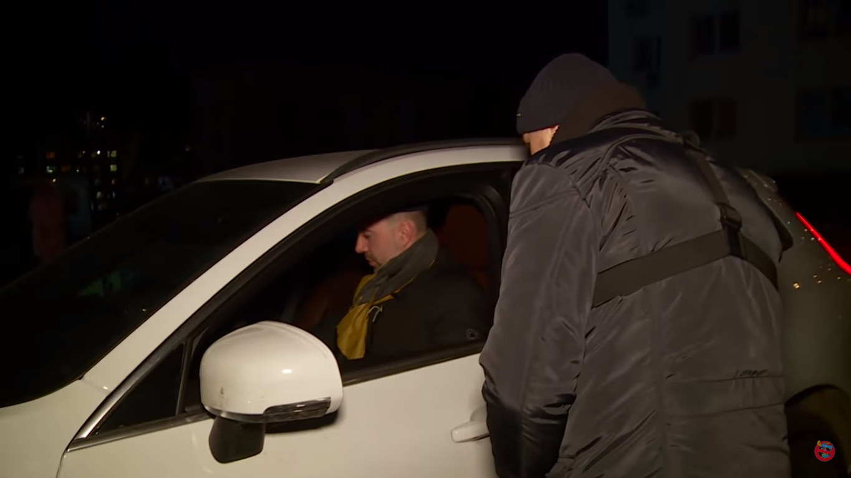 Олексій Арестович неправильно припаркувався