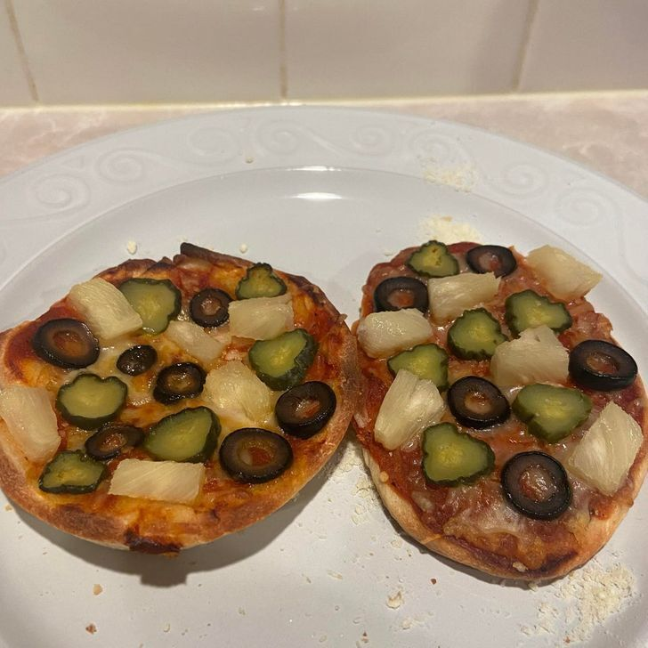 Пицца с несовместимыми ингредиентами.
