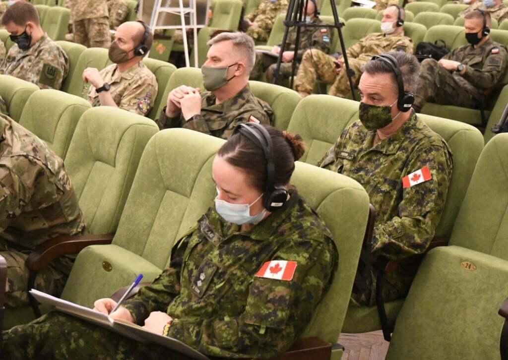 Представники країн-партнерів.
