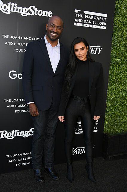 Ким Кардашьян и Джонс позировали вместе.