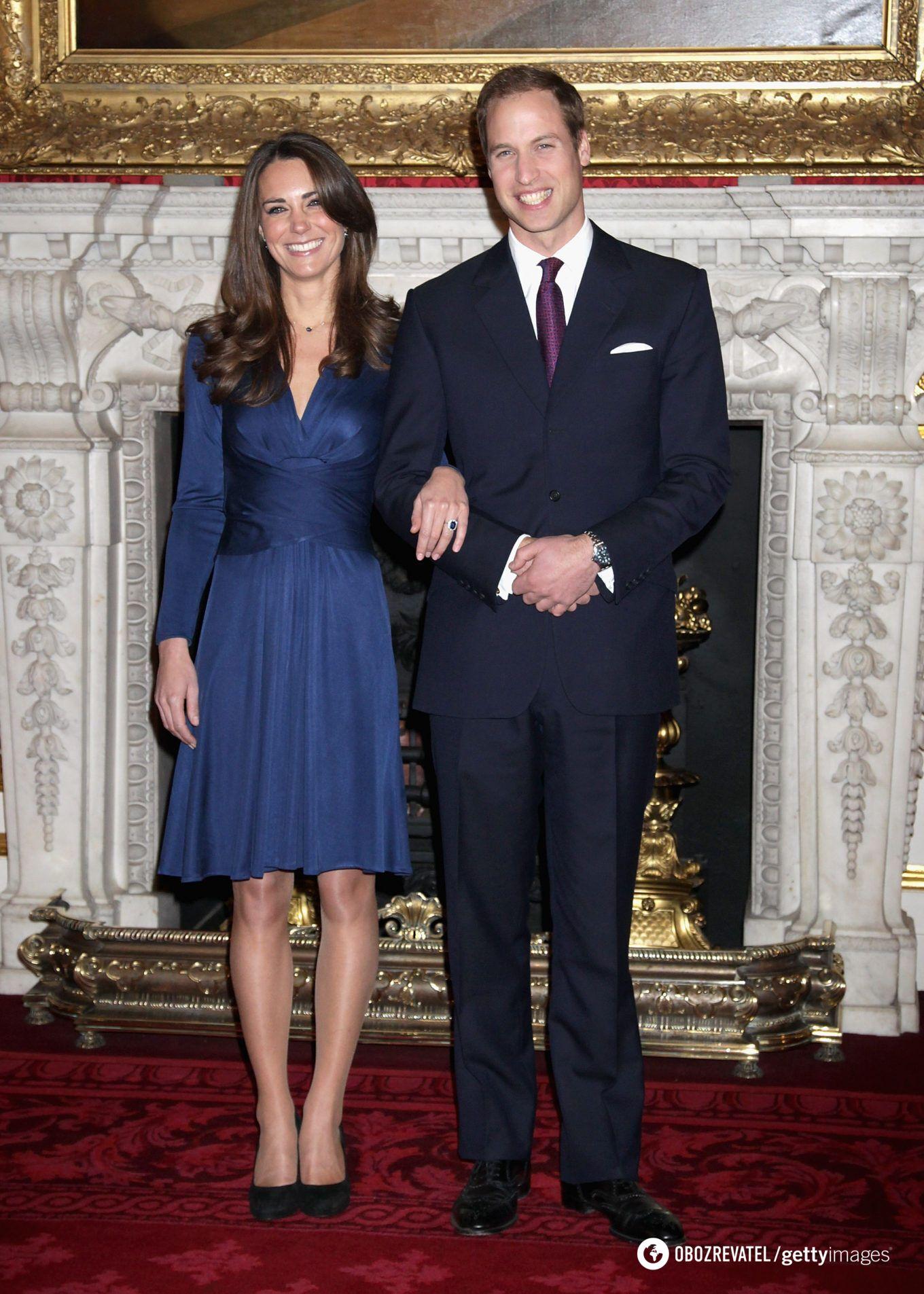 16 ноября 2010 года Букингемский дворец официально объявил о помолвке.
