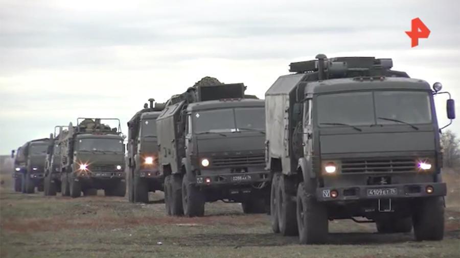 Військова техніка покидає Крим.