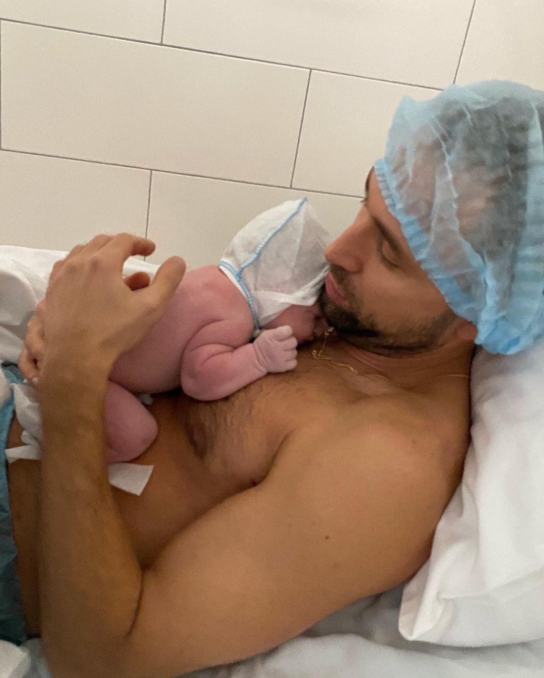 Макс Михайлюк показал дочь Ариану