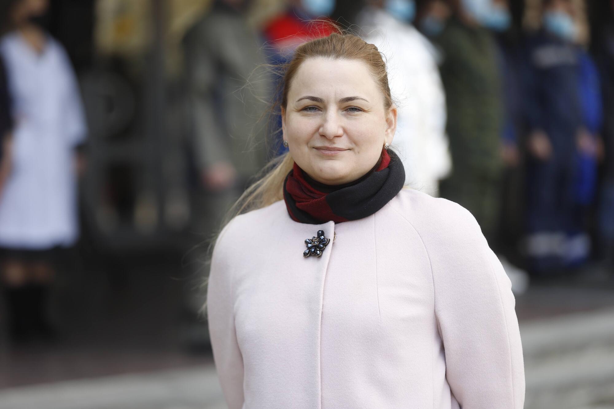 Татьяна Янушкевич довольна, что в Днепре есть местные производители, которые изготавливают различную спецодежду высокого качества.