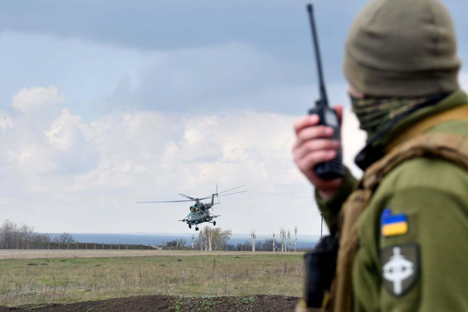 Экипажи Ми-8 в зоне ООС тренировались уничтожать наземные целы противника