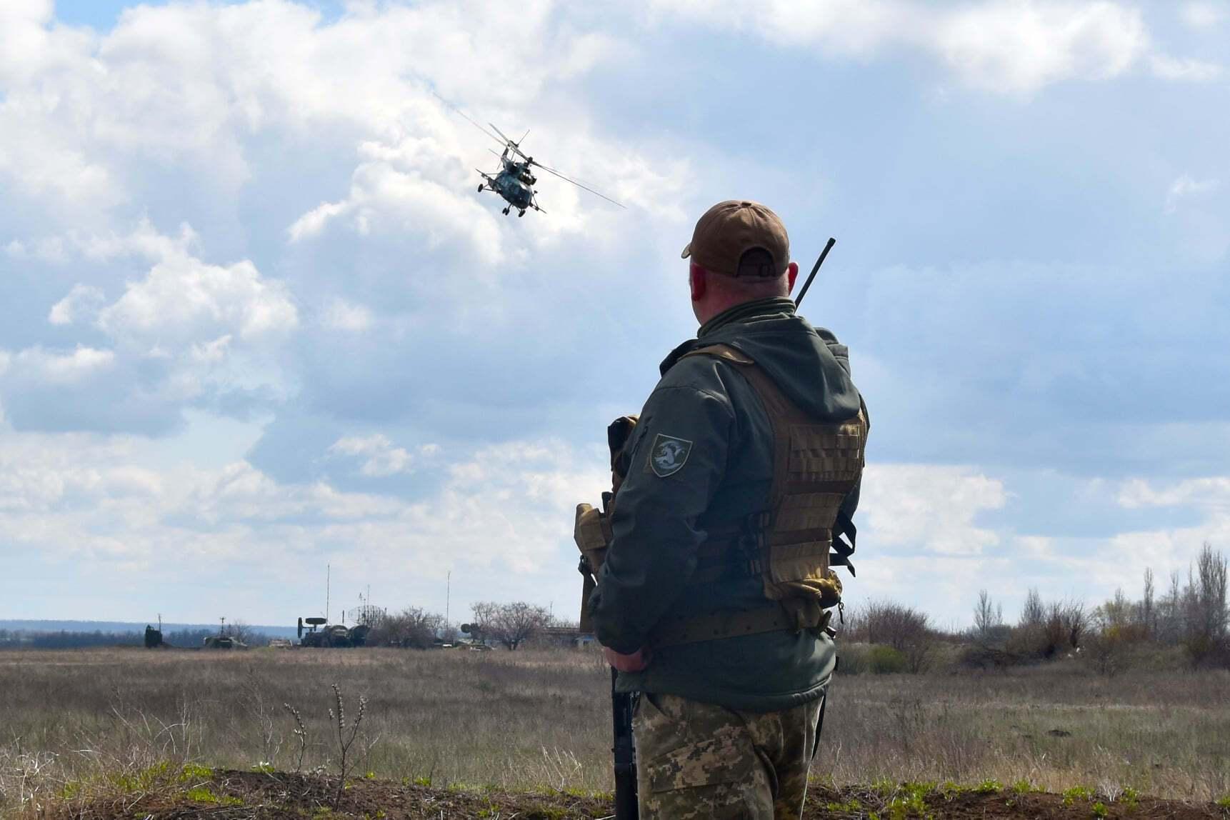 В учениях в зоне ООС участвовали передовые авианаводчики и группы боевого управления вертолетов