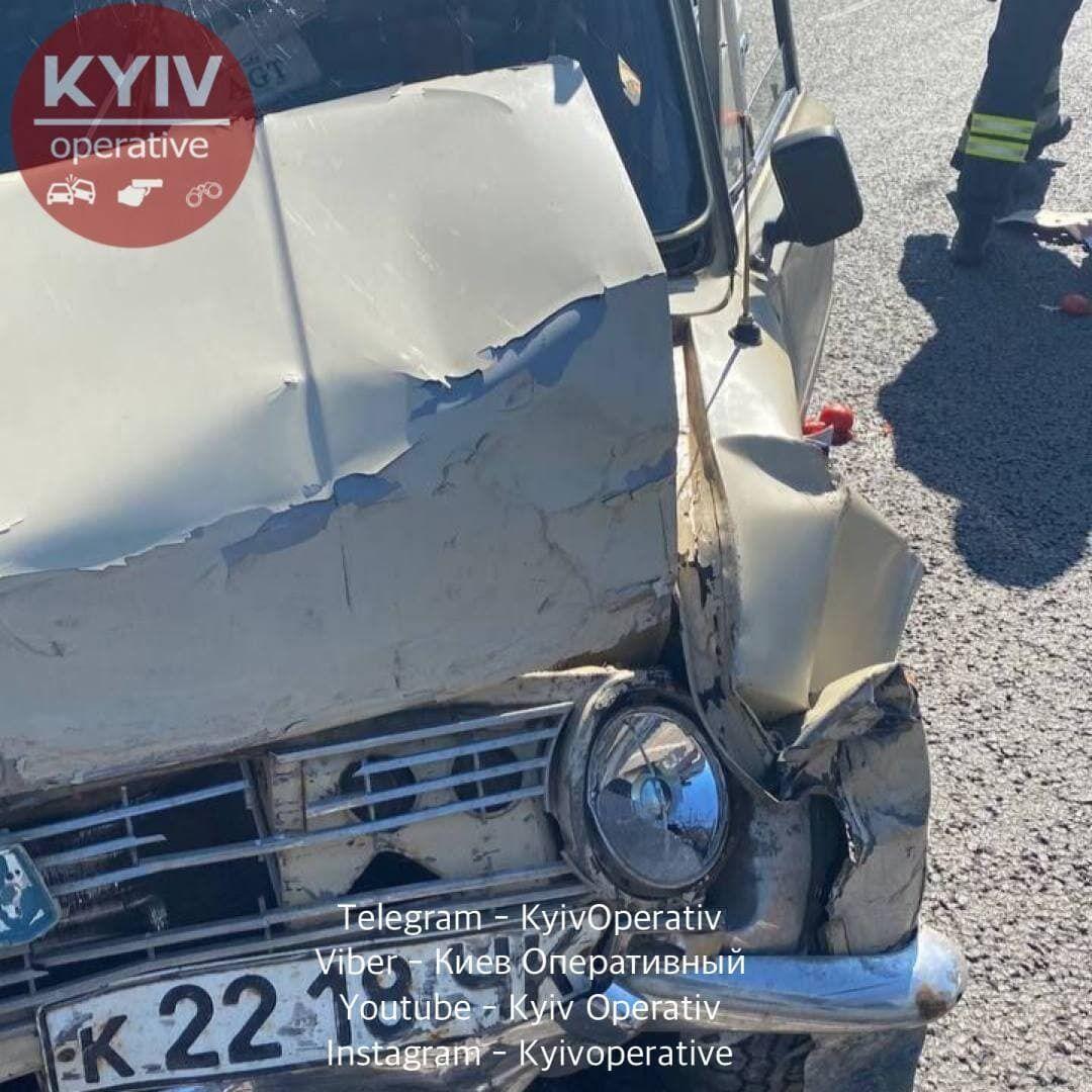 Внаслідок аварії постраждали люди.