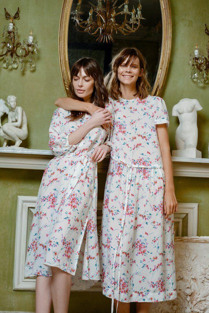 Платья с цветочным принтом от Пустовит